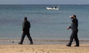 Πάτρα - Σοκ στην παραλία: Άνδρας ανασύρθηκε χωρίς τις αισθήσεις του (pics)