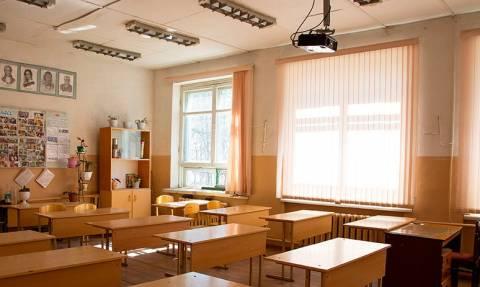 В России учителя недовольны своими зарплатами, выяснили специалисты