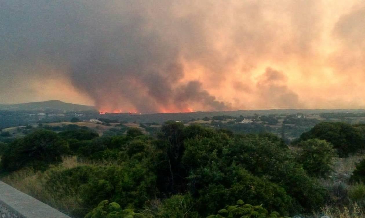 Νέα αναζωπύρωση της φωτιάς στα Κύθηρα
