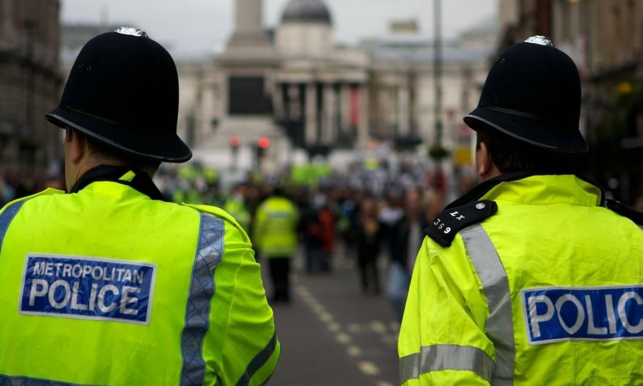 Βρετανία: Πρώην αστυνομικός βιντεοσκοπούσε γυμνούς ανθρώπους από ελικόπτερο