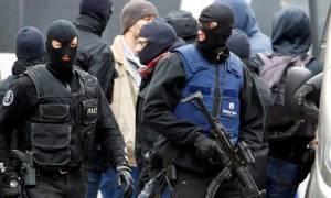 Πυροβολισμοί στις Βρυξέλλες: Αστυνομικοί άνοιξαν πυρ εναντίον αυτοκινήτου