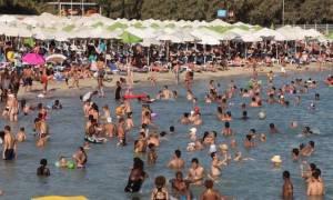 Καιρός τώρα: «Λιώνει» η Ελλάδα από τον καύσωνα - Όλοι στις παραλίες!