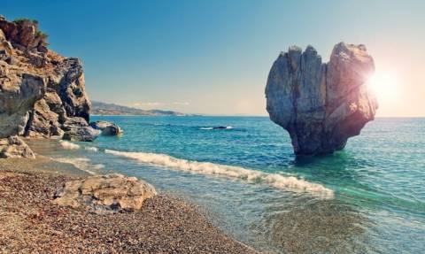 Названы 5 самых живописных греческих пляжей
