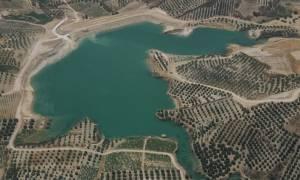 SOS για τα αποθέματα νερού του Αποσελέμη - Αναγκαία η σήραγγα λέει ο ΟΑΚ