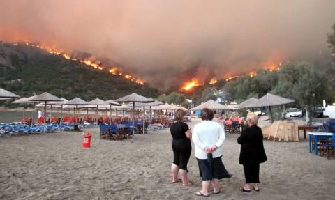 В Греции арестован мужчина, устраивавший поджоги, чтобы помогать пожарным тушить огонь