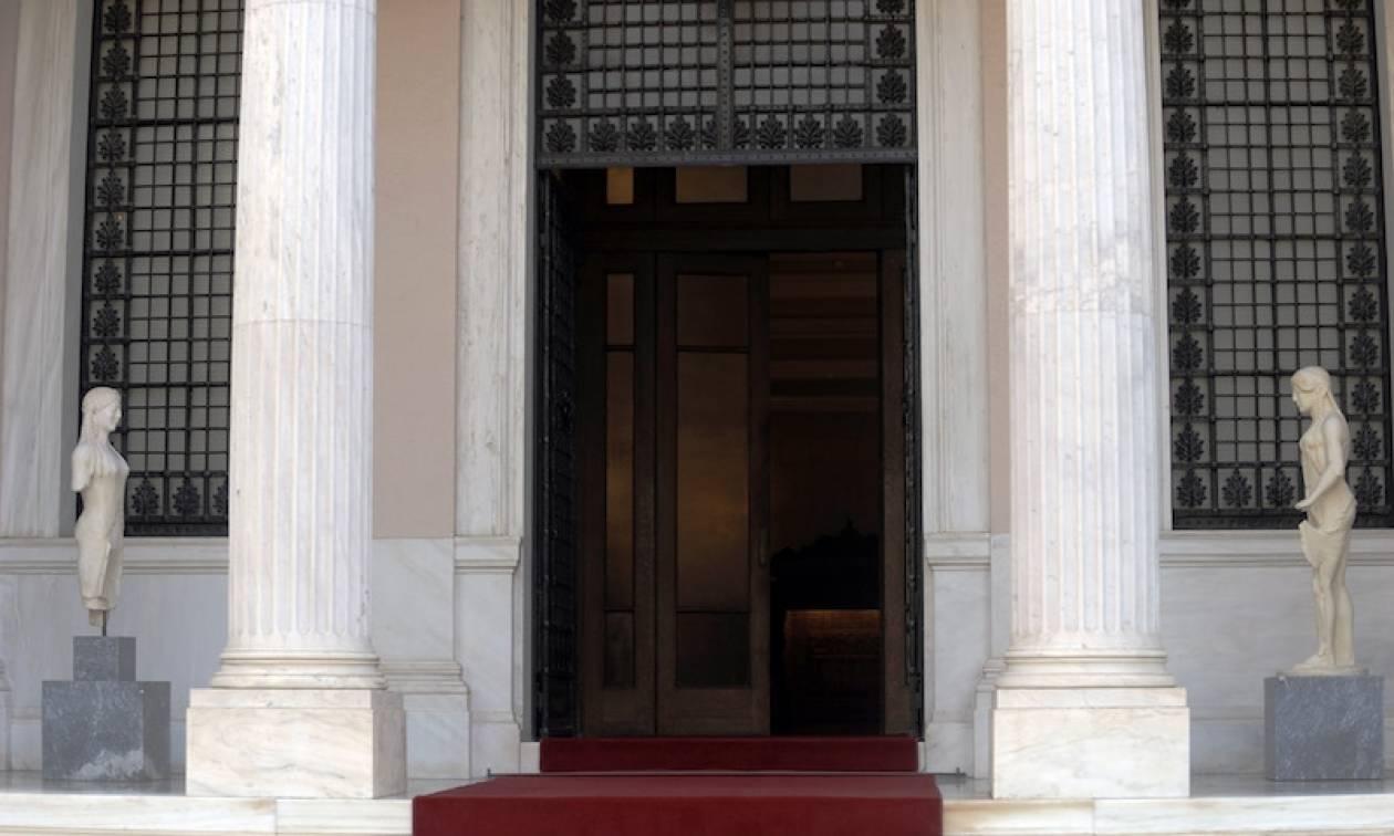 Μαξίμου: Κωμικοτραγικό να εξαπολύει η ΝΔ κατηγορίες για νεποτισμό