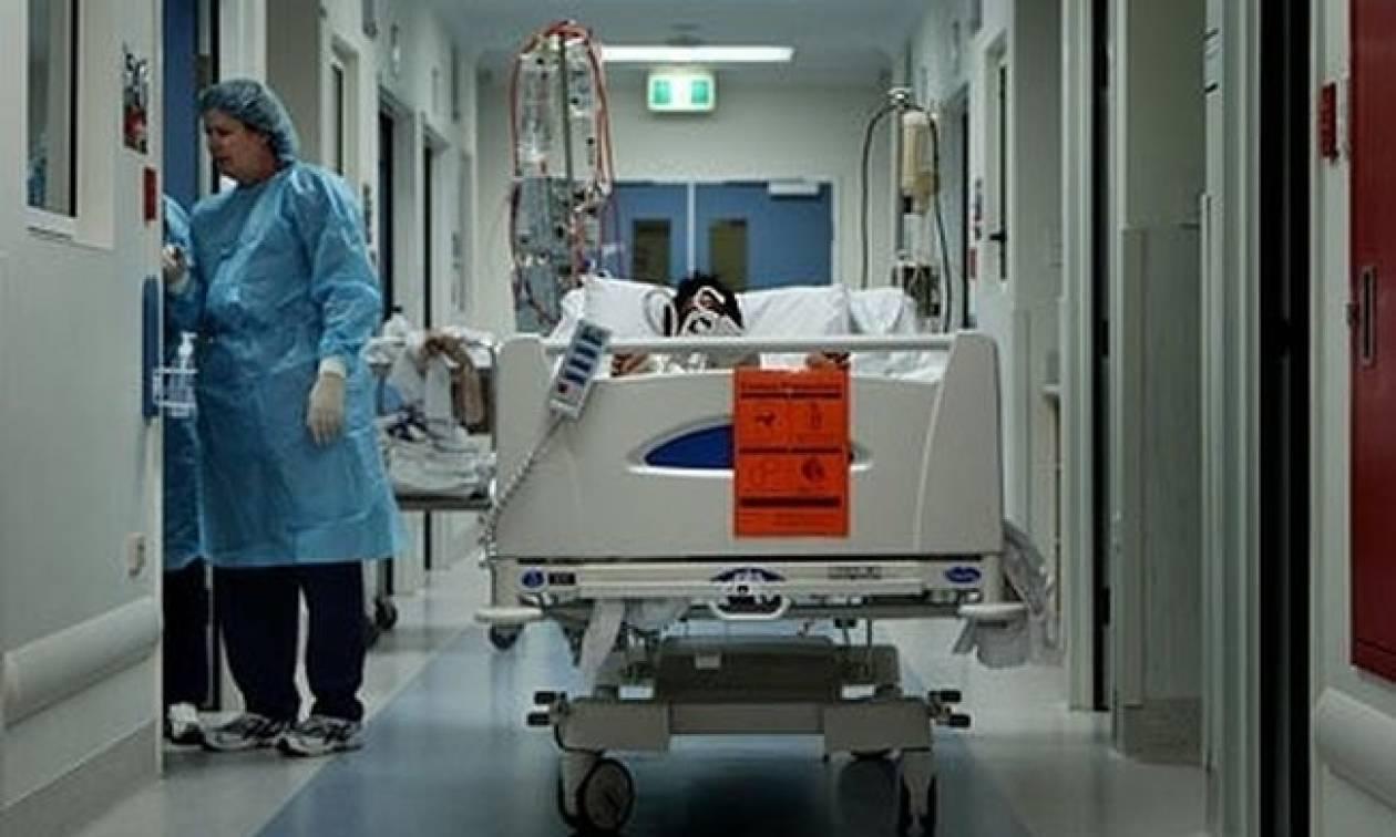Συγκλονίζει γνωστός παρουσιαστής μεσα απο το νοσοκομείο - Η άνιση μάχη με τον καρκίνο