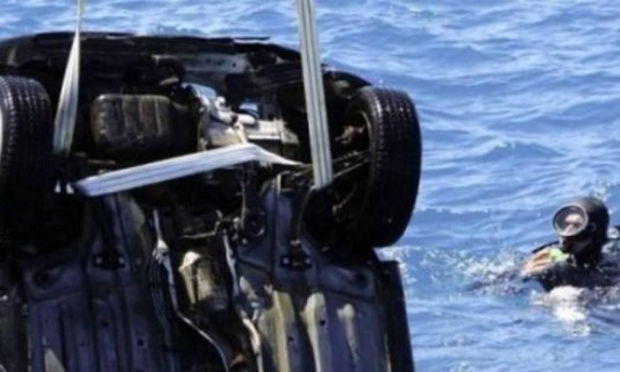 Μεσολόγγι: ΙΧ έκανε «βουτιά» στη λιμνοθάλασσα Κλείσοβας (pics)