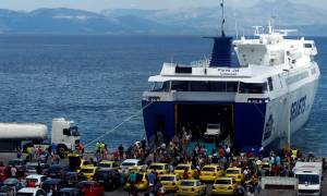Η μεγάλη έξοδος: Εγκαταλείπουν την Αθήνα και οι τελευταίοι εκδρομείς του Αυγούστου