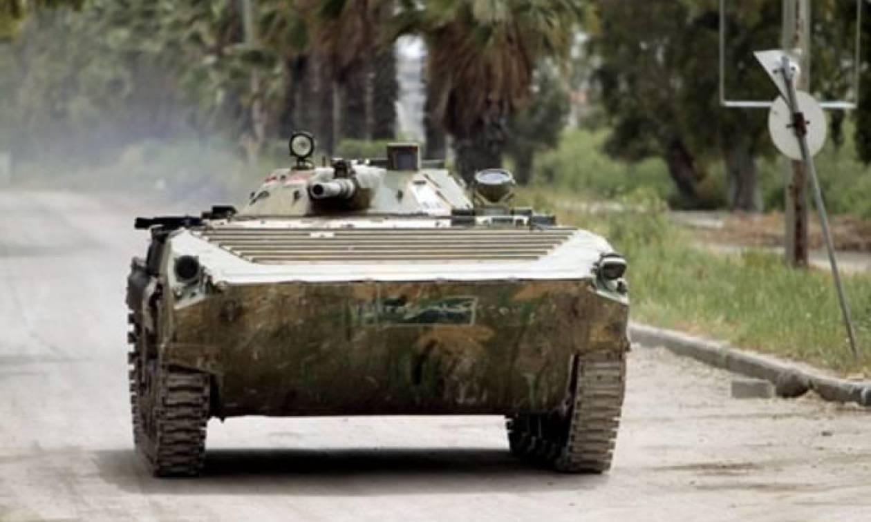 Σε άτακτη φυγή οι τζιχαντιστές: «Έπεσε» η τελευταία μεγάλη πόλη υπό τον έλεγχο του ISIS στη Συρία