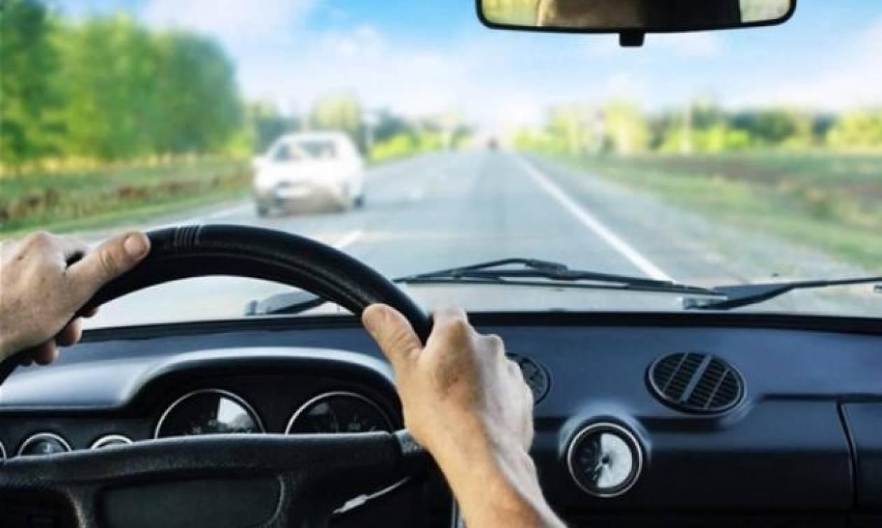 Τρόμος για οδηγό στην Εθνική Οδό Κορίνθου – Τρίπολης: Βγήκε ξαφνικά από το αυτοκίνητο όταν… (vid)
