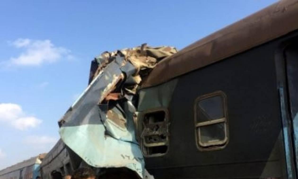 Ασύλληπτη τραγωδία στην Αίγυπτο: Στους 41 οι νεκροί από τη σύγκρουση των δύο τρένων