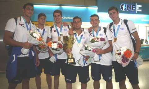 Επέστρεψαν στην Ελλάδα οι πρωταθλητές κόσμου