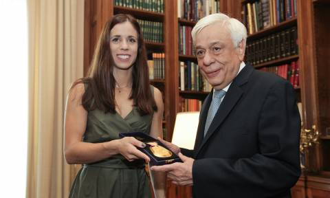 President Pavlopoulos receives world champion Stefanidi at the presidential mansion