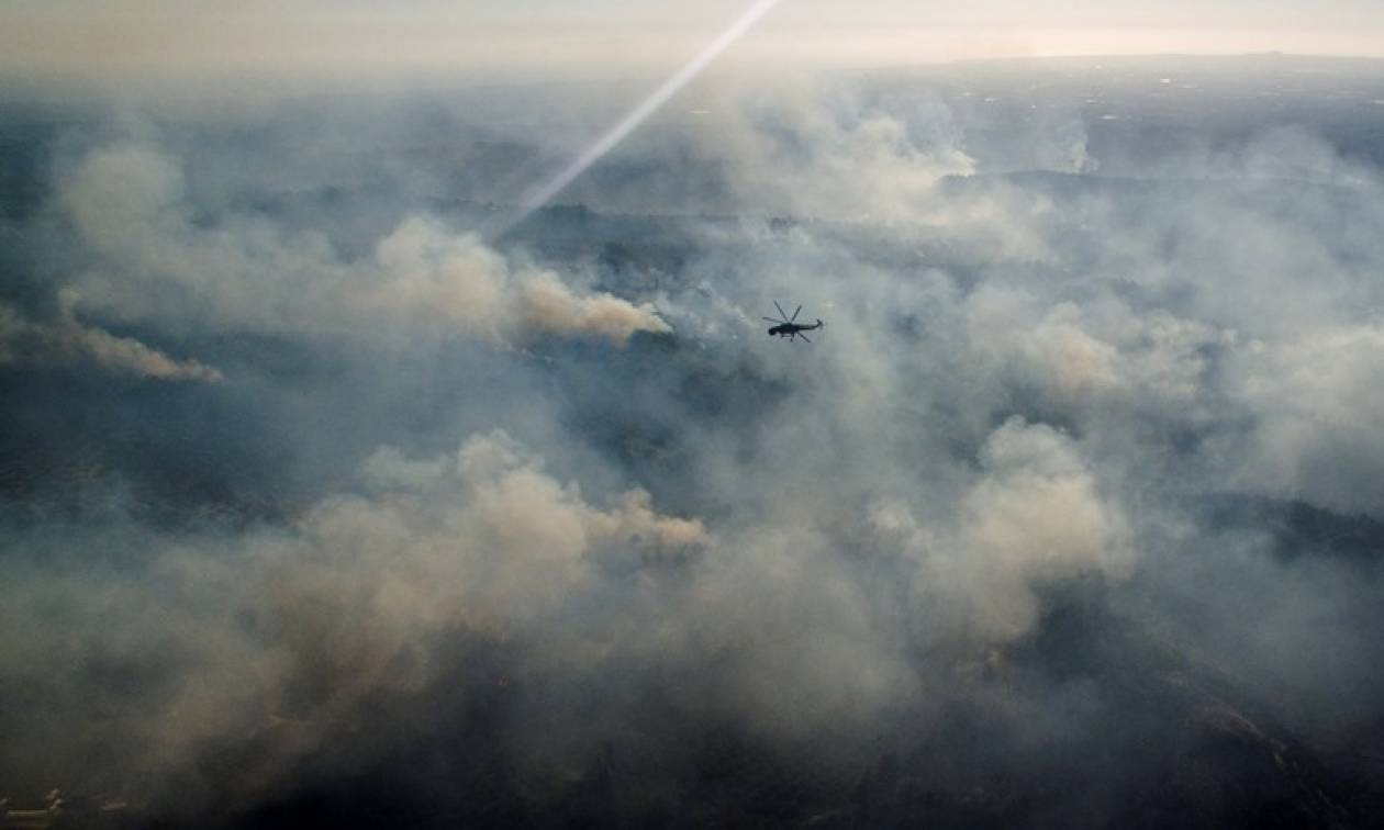 Φωτιά Live: Κόλαση - Η Ελλάδα φλέγεται! Εικόνες από τις πυρκαγιές που θα μείνουν στην Ιστορία