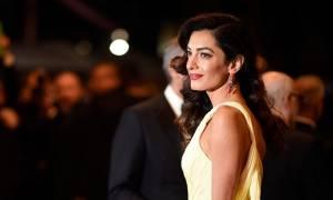 To styling tip που κάνει την Amal Clooney τόσο καλοντυμένη είναι πιο παλιό από όσο φαντάζεσαι