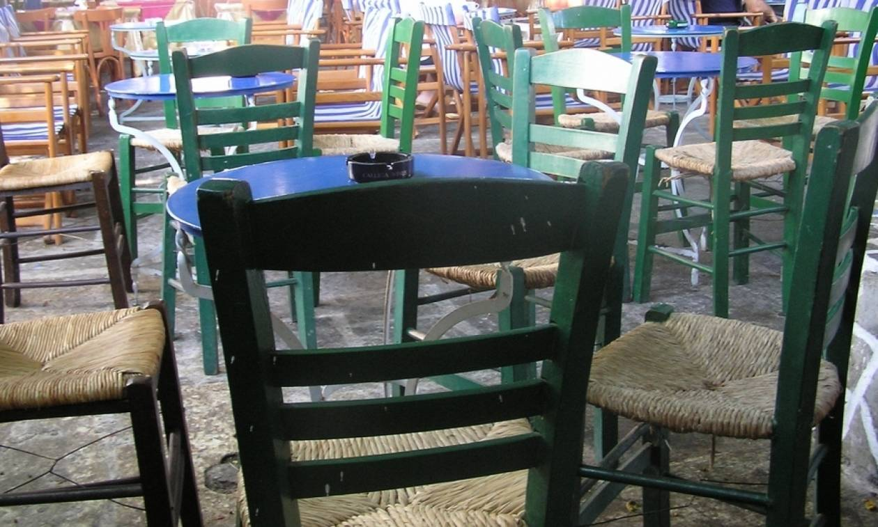 Τρόμος σε καφενείο στο Ηράκλειο: Το περιστατικό που έβγαλε έξω τους θαμώνες!