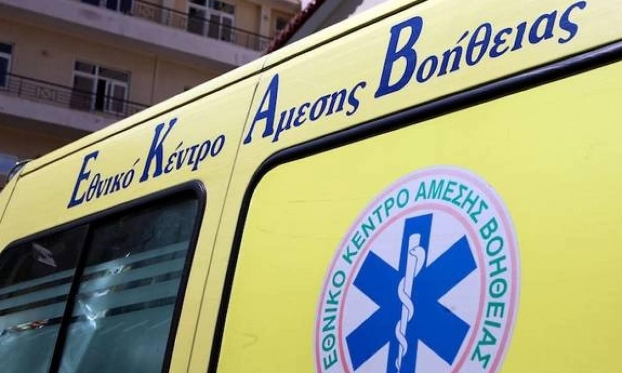 Πρωτοφανές: Απείλησε με όπλο το πλήρωμα ασθενοφόρου στην Πάτρα!