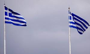 Politico: «Αναχρονιστικές» οι φωνές υπέρ ενός Grexit