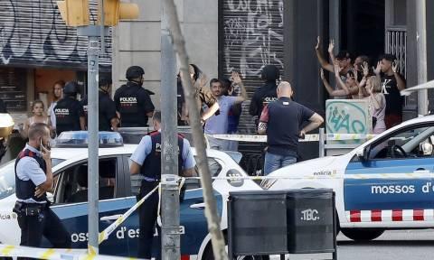 Τρομοκρατική επίθεση Βαρκελώνη: Νεκρός ένας από τους δράστες