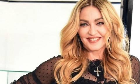 H Madonna γιόρτασε τα 59α γενέθλιά της ανεβάζοντας φωτογραφία και με τα 6 παιδιά της