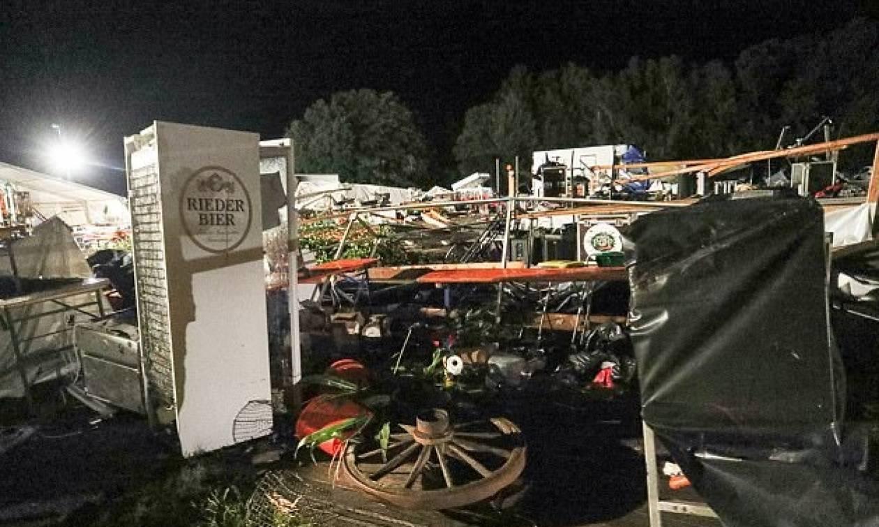 Αυστρία - Εικόνες σοκ: Φονική καταιγίδα «σάρωσε» τα πάντα σε υπαίθρια γιορτή – Δυο νεκροί