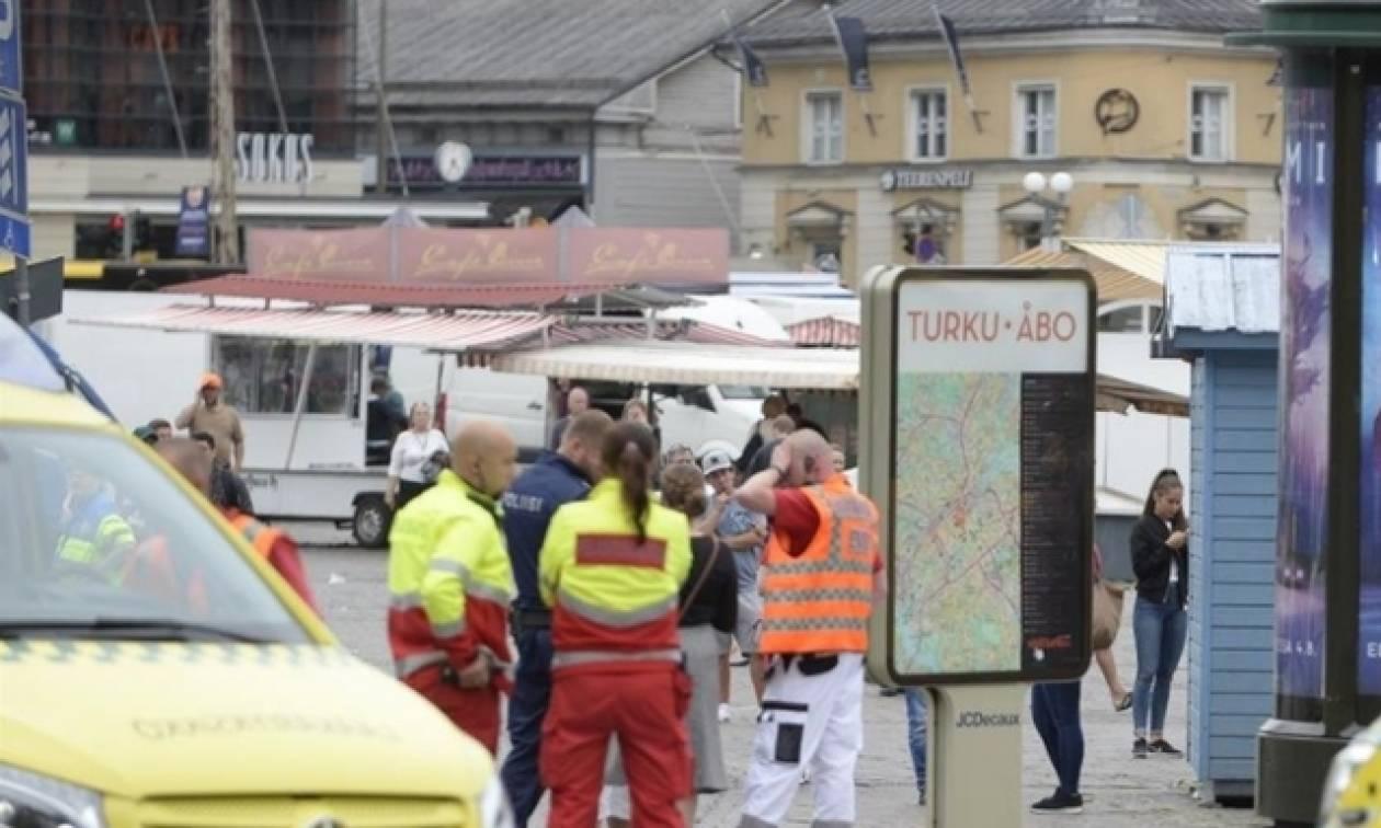 Φινλανδία: Ενός λεπτού σιγή στη μνήμη των θυμάτων της επίθεσης στην Τούρκου