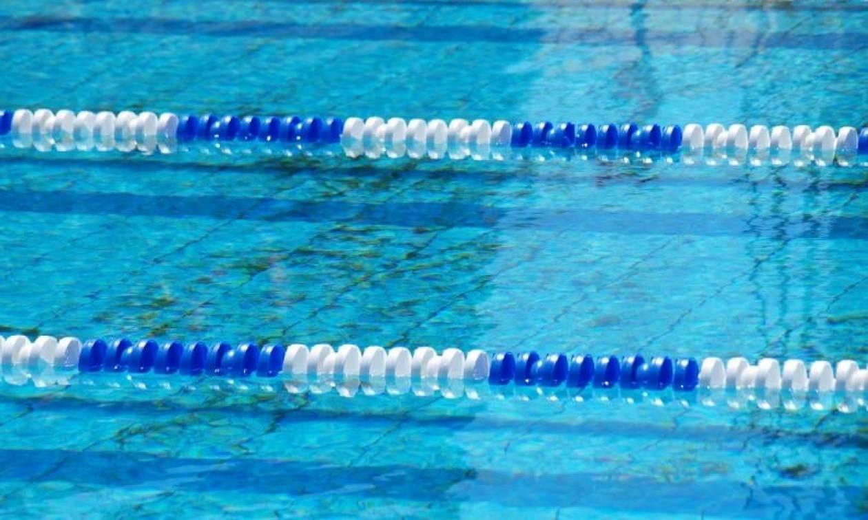 Βαρκελώνη: Κολυμβητής αγνόησε τους κριτές και  κράτησε ενός λεπτού σιγή (vid)