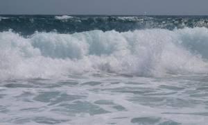 Τραγωδία στα Μέγαρα: Πνίγηκε κολυμβητής στην περιοχή «Ήρεμο Κύμα»
