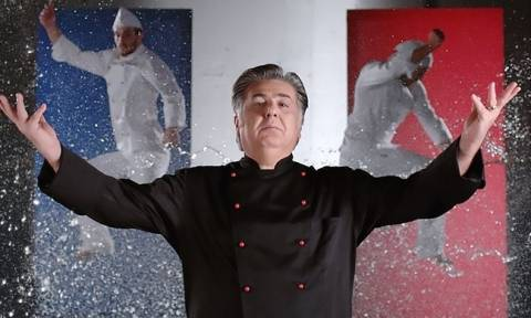 Μάλιστα, Σεφ: Ο καινούριος μάγειρας κι ένα στοίχημα