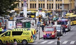 Φινλανδία: Η αστυνομία ζήτησε την προφυλάκιση και των πέντε υπόπτων για την επίθεση με μαχαίρι