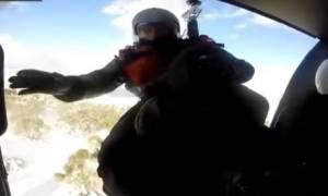 Συγκλονιστικό βίντεο: Έτσι σώζει ζωές το Πολεμικό Ναυτικό: Καρέ – καρέ επιχειρήσεις διάσωσης