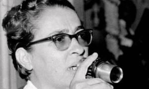 Σαν σήμερα το 1921 γεννήθηκε η κορυφαία τραγουδίστρια Σωτηρία Μπέλλου