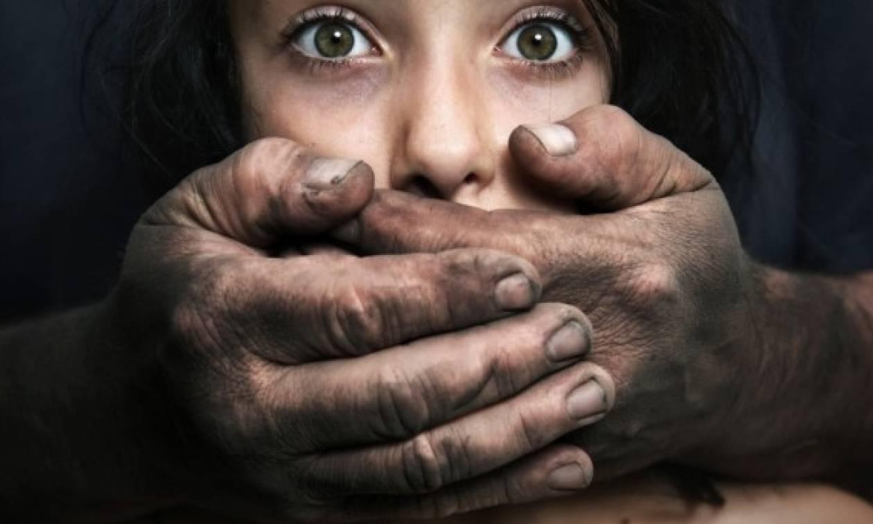 Θρίλερ στο Αιγάλεω: Πατέρας με αυτοθυσία «παγίδευσε» και γλίτωσε την κόρη του από παιδεραστή