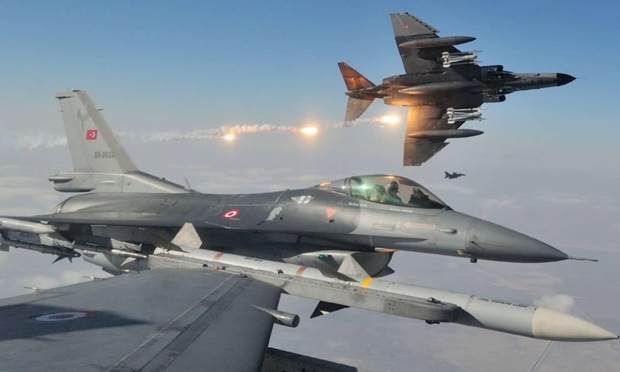 Νέο μπαράζ παραβιάσεων από τουρκικά μαχητικά και εικονική αερομαχία πάνω από το Αιγαίο