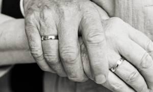 Φρικτός θάνατος για ζευγάρι μέσα σε ασανσέρ στη Φωκίδα