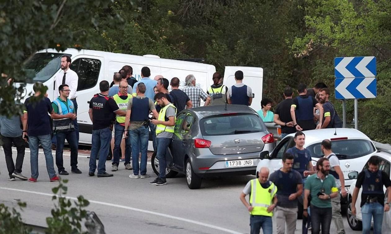 Ενώπιον δικαστηρίου οι 4 τζιχαντιστές που έσπειραν το θάνατο στη Βαρκελώνη