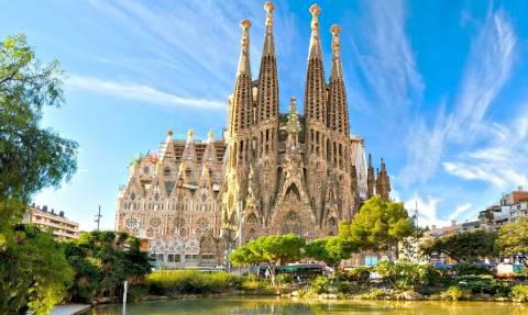 Χτύπημα Βαρκελώνη: Τα συγκινητικά βίντεο που καλούν τους επισκέπτες να νικήσουν το φόβο.