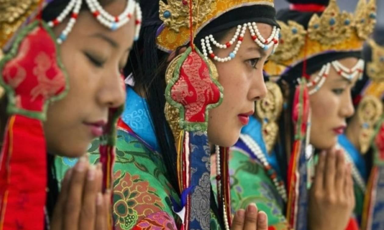 Εγκαινιάστηκε στο Θιβέτ το ετήσιο Φεστιβάλ Shoton