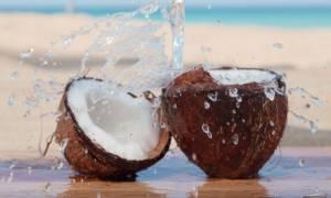 Καρύδα: Το... εξωτικό φρούτο με τα πολλαπλά οφέλη για την υγεία