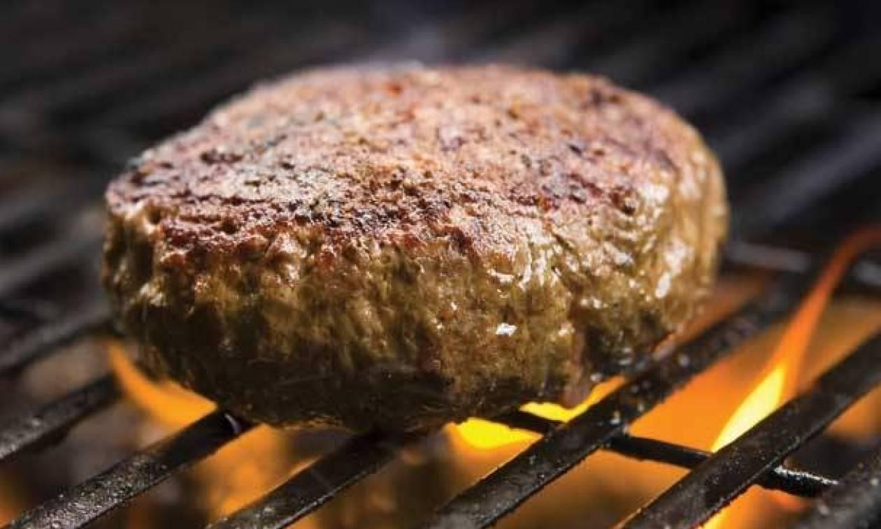 Τρόμος στη Χαλκίδα: Τροφική δηλητηρίαση από μπιφτέκια σε παιδικό πάρτυ - Στο νοσοκομείο 4 παιδιά