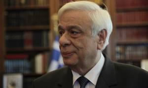 Ζάκυνθος: Πάνω από τα καμένα πέταξε ο Προκόπης Παυλόπουλος