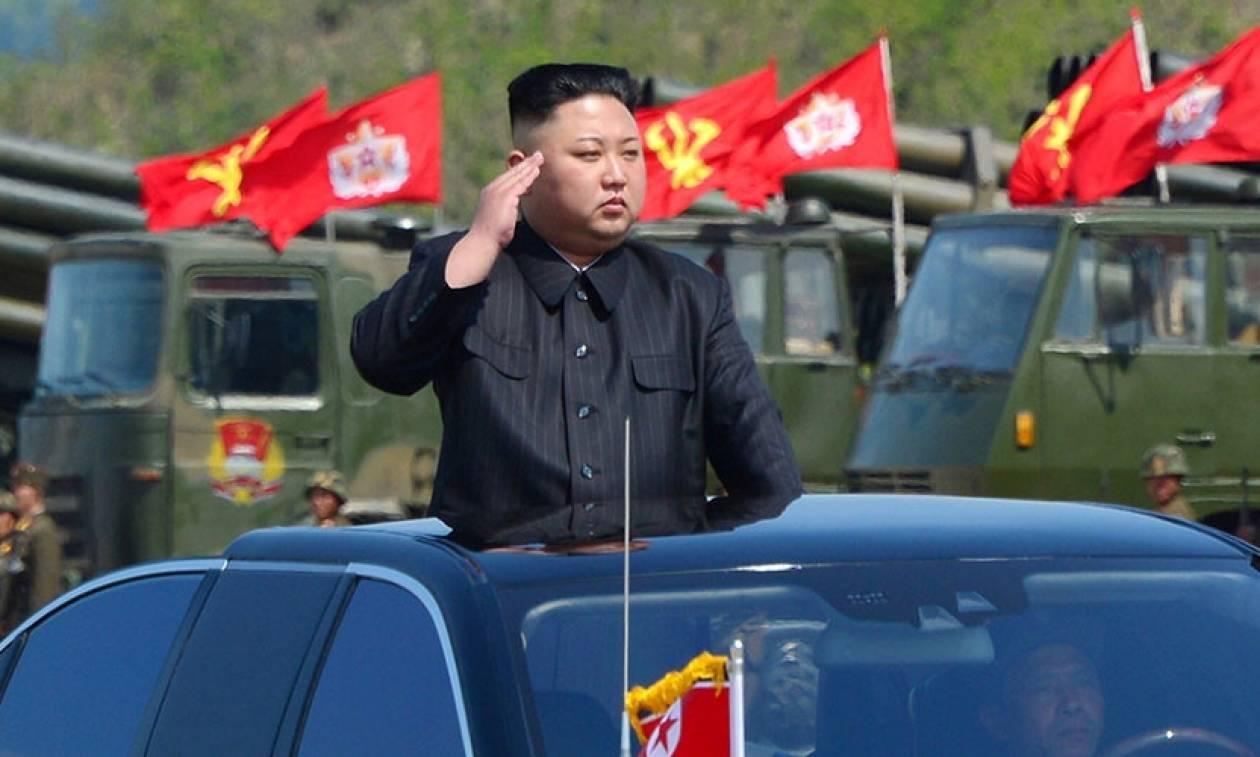 Ο Κιμ Γιονγκ Ουν απειλεί τώρα τη Βρετανία: «Θα έχει άσχημο τέλος»