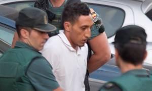 Κρατούμενοι απειλούν τον τρομοκράτη της Βαρκελώνης: «Θα σου κόψουμε το λαιμό»