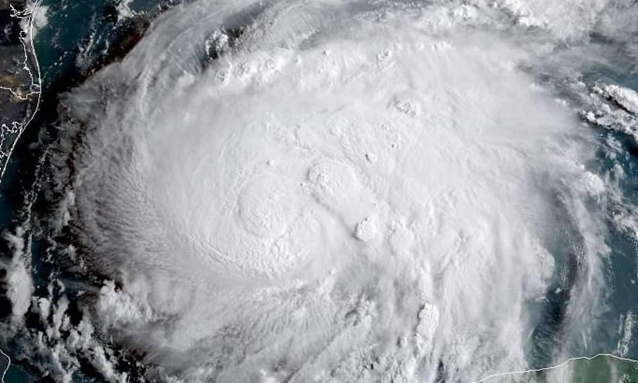 LIVE: Στο «μάτι» του τυφώνα Χάρβεϊ οι ΗΠΑ - Εκκενώνονται πόλεις (vid)