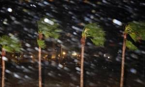 Ο τυφώνας Χάρβεϊ «χτυπά» αλύπητα τις ΗΠΑ - Σε κατάσταση φυσικής καταστροφής το Τέξας