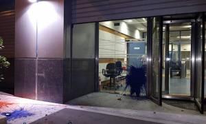Επίθεση αγνώστων στο παλιό κτήριο του ΔΟΛ