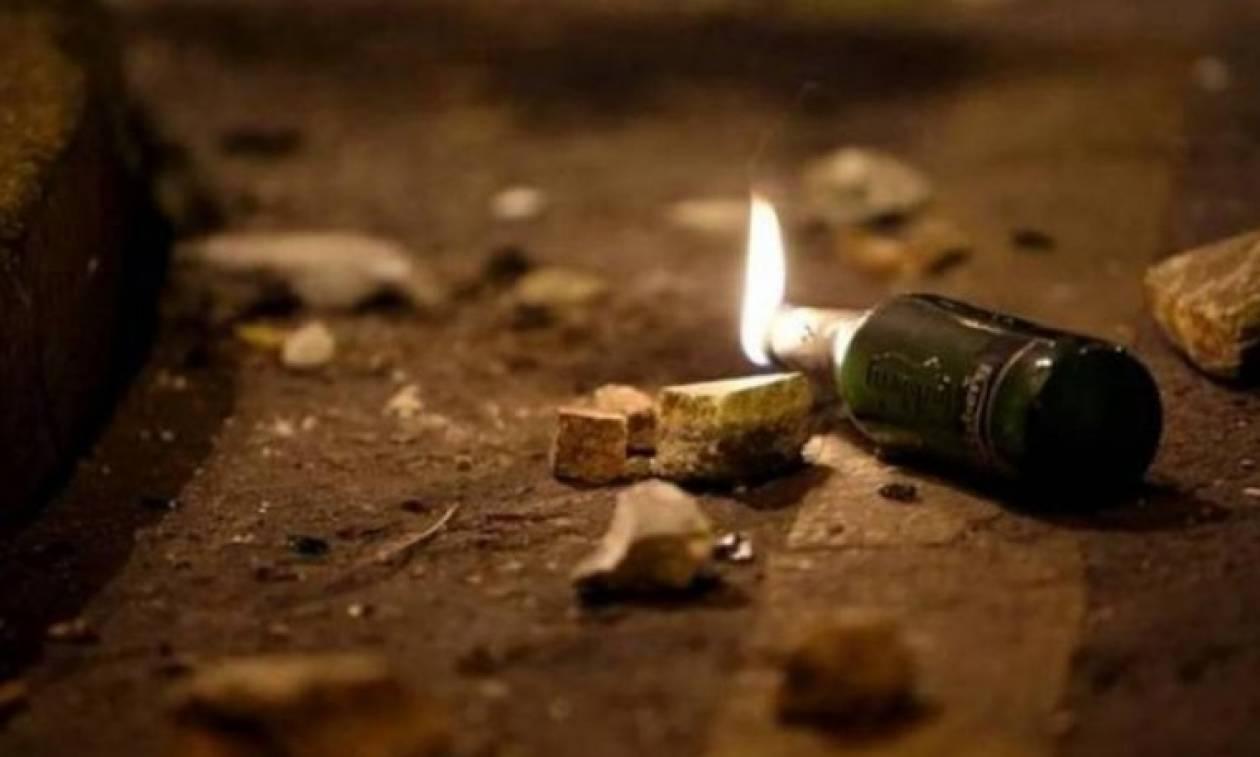Επίθεση αγνώστων τα ξημερώματα σε διμοιρία των ΜΑΤ με πέτρες και μολότοφ