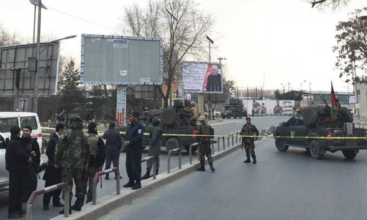 Μακελειό σε τέμενος της Καμπούλ: Ξεπέρασαν τους 40 οι νεκροί από την επίθεση των τζιχαντιστών