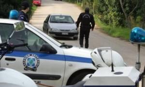 Θρίλερ στην Αρτέμιδα: Άνδρας βρέθηκε νεκρός με μαχαιριές στο λαιμό και το σώμα